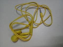 colorful generic earphones (2)